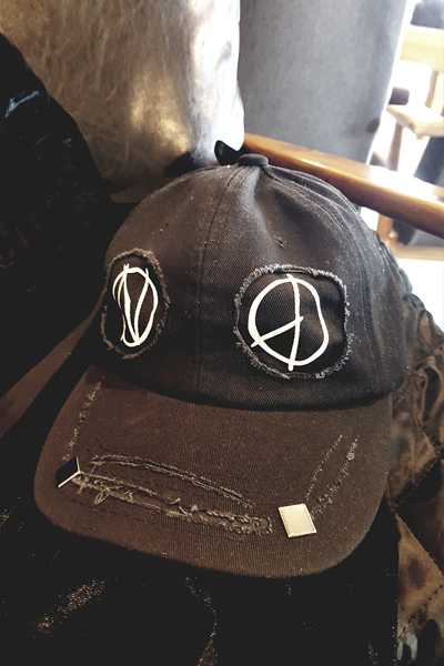 acc1013. peace face rong strap cap[SOLD OUT]